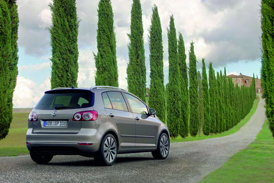 nowy golf plus volkswagen golf. Black Bedroom Furniture Sets. Home Design Ideas